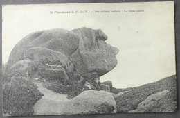 CPA 22 PLOUMANACH - Ses Curieux Rochers - Le Vieux Marin - Edit. Tapy 12 - Réf. B 204 - Ploumanac'h