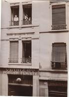 """Photo Vers 1900 LYON - Rue De La Victoire, """"Veuillet Poelier Fumiste"""" (A219, Ww1, Wk 1) - Lyon"""
