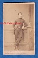 Photo Ancienne CDV Vers 1860 1870 - PARIS - Portrait Officier Uniforme à Identifier - Photographe Fernand Mulnier - Anciennes (Av. 1900)