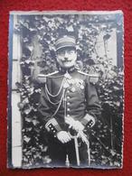 OFFICIER MILITAIRE AU SABRE MEDAILLES A IDENTIFIER PHOTO CHUSSEAU FLAVIENS A PARIS - Guerre, Militaire