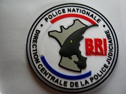 RARE EN YEUX JAUNE ECUSSON PVC POLICE NATIONALE DCPJ LA BRI NATIONALE ETAT EXCELLENT SUR VELCROS - Police