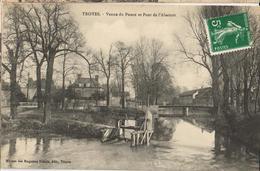 10 - TROYES - VANNE DU POUCE ET PONT DE L'ABATTOIR - Troyes