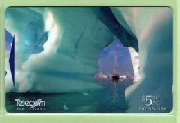 NZ - 1997 Antarctic II - $10 Ship In Ice Floes  - NZ-P-93 - Mint - Neuseeland