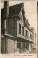 61kh 348 CPA - BEAUVAIS - VIEILLES MAISONS - RUE SAINT PANTALEON - Beauvais