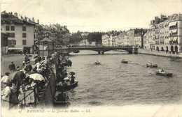 BAYONNE Le Quai Des Halles Promenades En Barques   RV - Bayonne