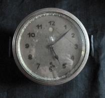 Montre Ou Pendule Pour Voiture Ancienne  8 Jours - Marque,  ZENITH -  Besoin D'un Nettoyage - Cars