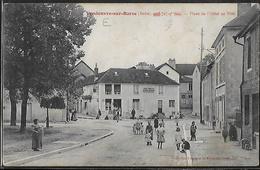 CPA 10 - Vendeuvre-sur-Barse, Place De L'Hôtel De Ville - Other Municipalities