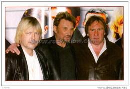 """Johnny HALLYDAY Carte Postale Moderne """" Avec Renaud Et Gérard Depardieu """" (EDC ST JH 78) - Singers & Musicians"""