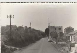 CPSM 84  SAINT ROMAN DE MALEGARDE ENTREE DU VILLAGE  4 CV - France