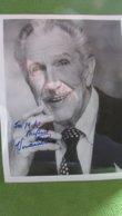Original Vincent Price Autograph 8x10 Photo - Autographes