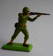 FIGURINE BRITAINS DETAIL SOLDAT US Tireur Fusil Debout WWII 1971 - Militaires