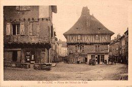 12134       ST CERE    PLACE DE L HOTEL DE VILLE - Saint-Céré
