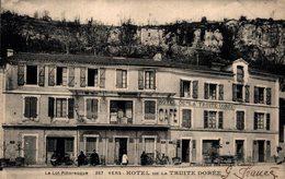 12139         VERS   HOTEL DE LA TRUITE DOREE - Other Municipalities