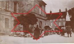 Photo Vers 1900 LONS-LE-SAUNIER - Un Coin Du Marché Place De L'Hôtel De Ville (A219, Ww1, Wk 1) - Lons Le Saunier
