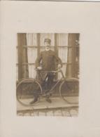 Poste Et Facteurs - Carte-photo - Facteur En Tenue - Vélo Bicyclette - Post