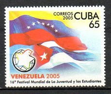 CUBA. Timbre De 2005. Festival Mondial De La Jeunesse/Drapeaux. - Infanzia & Giovinezza