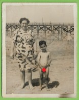 Nu - Nude - REAL PHOTO - Criança Na Praia - Child - Enfant - Szenen & Landschaften