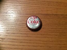 """Ancienne Capsule """"Coke N°65 - MONACO""""Etats-Unis (USA) Coca-Cola, Série Pays (Liège Enlevé) - Soda"""