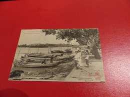 CP 70 - Cochinchine , Thudaumot , Les Quais, à L'arrière Plan , Les Casernes - Colonie-Indochine - Vietnam