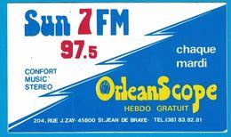 AUTOCOLLANT SUN 7 FM 97.5 CONFORT MUSIC STEREO CHAQUE MARDI ORLEAN SCOPE HEBDO GRATUIT - Adesivi