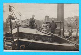 Carte Photo Anc. Péniche Avec Bateliers - Nom De La Péniche : PERSEVERANCE - Circulée En 1909 De Paris à Amay - 2 Scans - Chiatte, Barconi