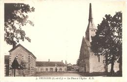 Dépt 41 - PRUNIERS-EN-SOLOGNE - La Place Et L'Église - (R. D. N° 3) - Other Municipalities