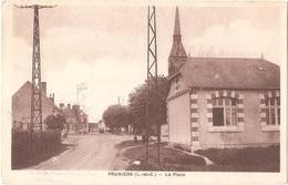 Dépt 41 - PRUNIERS-EN-SOLOGNE - La Place - (Édit. N. Gourault) - à Droite : École Des Garçons - Andere Gemeenten