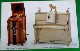 CPA TUCK OILETTE LA MAISON DE POUPEE DE LA REINE .   THE QUEEN'S DOLLS' HOUSE NURSERY PIANO AND GRAMOPHONE - Jeux Et Jouets