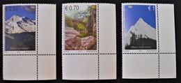CHAINE DE MONTAGNES 2013 - NEUFS ** - YT 134/36 - MI 251/53 - COINS DE FEUILLES - Kosovo