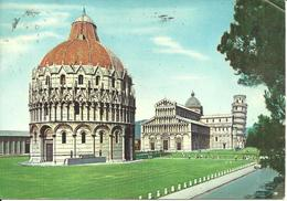 Pisa (Toscana) Piazza Dei Miracoli E Il Battistrero, Miracoli Square, Place Des Miracles - Pisa