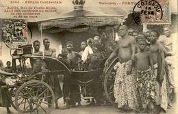 DAHOMEY - Carte Postale - Porto Novo - Adjiki Roi De Porto Novo Dans Son Carrosse Avec Ses Ministres  - L 53235 - Dahomey