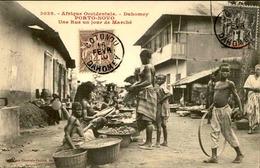 DAHOMEY - Carte Postale - Porto Novo - Une Rue Un Jour De Marché - L 53241 - Dahomey
