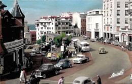 64 BIARRITZ CENTRE DE LA VILLE CPSM NOMBREUSES VOITURES GENRE 2CV, 4CV, MERCEDES, 203, DAUPHINE ETC... - Biarritz
