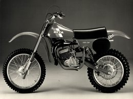 Beta 125CR +-20cm*14cm Moto MOTOCROSS MOTORCYCLE Douglas J Jackson Archive Of Motorcycles - Photographs