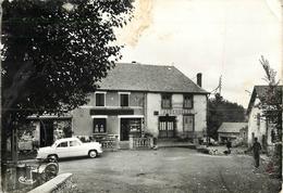 63 Saint Pierre Le Chastel La Place Aubergiste  Réf 2051 - France