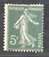 France  :  Yv  137d  **    Ligné Verticalement - 1906-38 Sower - Cameo
