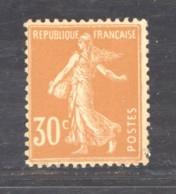 France  :  Yv  141c  **  GNO   Papier GC - 1906-38 Säerin, Untergrund Glatt