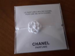 CHANEL Petit Bracelet  Sous Cello  (camélia ) - Perfume Cards