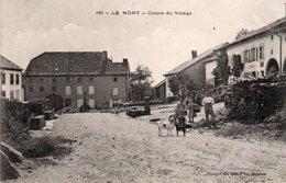 LE MONT-88-CENTRE DU VILLAGE- - France