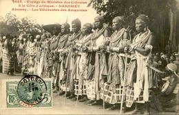 DAHOMEY - Carte Postale - Visite Du Ministre Des Colonies - Les Vétérantes Des Amazones à Abomey - L 53286 - Dahomey