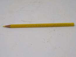Cx 12) Vintage Crayon PRISMALO CARAN D'ACHE Nº 5 Pencil - Other Collections