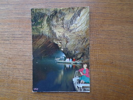 Belgique , Grottes De Han-sur-lesse , Lac D'embarquement - België