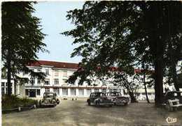 CPSM Grand Format ST AMAND Les EAUX  Le Grand Hotel De L'Etablissement Thermal Voiturs 203 Peugeot Et Autres Colorisée - Saint Amand Les Eaux