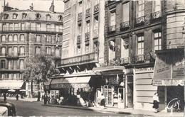 CPSM Paris Le Carrefour De L'Odéon - Arrondissement: 06