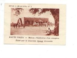 Chromo Afrique Haute Volta Maison D'Européen TB 75 X 50 Mm Pub: Chocolat Cémoi Colonies Françaises 2 Scans - Chocolate