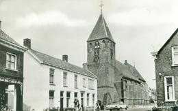 Geldermalsen; Kerkstraat  (oude Auto) - Gelopen. (JP - Arnhem) - Netherlands