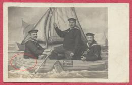 Heyst Mer Heist Belgique Carte Photo En Studio : 3 Marins Allemands Sur Une Barque Du Nom De Heyst Retour Vers Allemagne - Heist