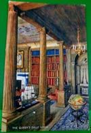CPA TUCK OILETTE LA MAISON DE POUPEE DE LA REINE . MAPPEMONDE BIBLIOTHEQUE . THE QUEEN'S DOLLS' HOUSE CORNER OF LIBRARY - Jeux Et Jouets