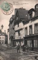 CPA - AURAY - VIEILLES MAISONS PLACE De L'HOTEL De VILLE ... - Edition M.T.I.L. - Auray