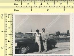 REAL PHOTO Citroën DS Car Automobile, Man & Woman Citroen - Voiture Homme Et Femme ORIGINAL VINTAGE SNAPSHOT - Automobili